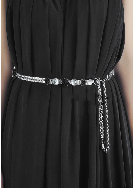 Black Flowers Chains